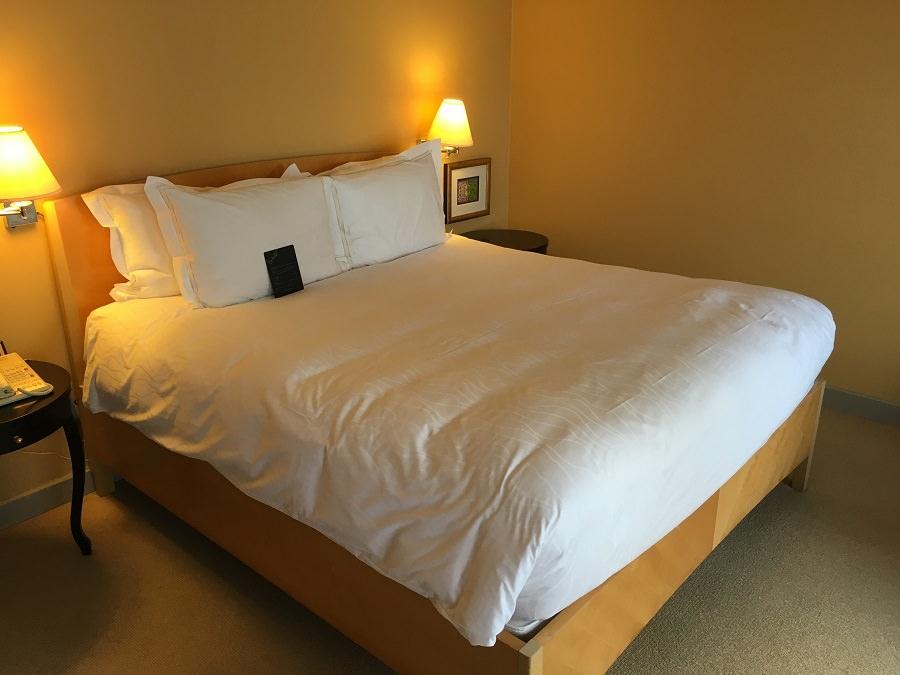 conrad-singapore-room2
