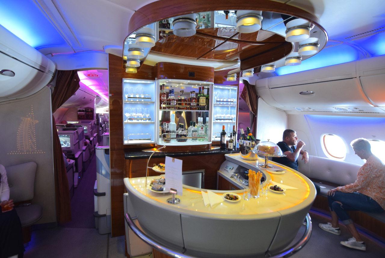 A380 ビジネスクラス エミレーツ