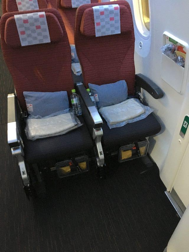 JAL 非常口座席