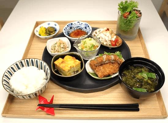 JAL カレー DINING PORT 御料鶴